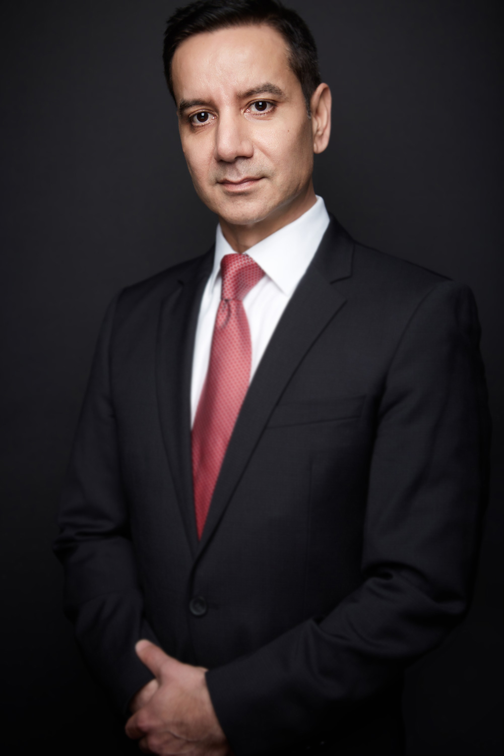 Ryan_Chicago_Corporate_Portrait_Photographer_Business_Head_Shot_Photography_Tiny_Space_Studio_Chicago